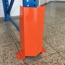 Etupylvään suojus 150x400(h)